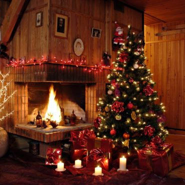 Customiser-ses-vieilles-décorations-de-Noel